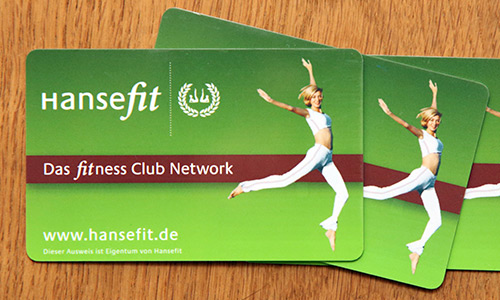 Hansefit-Mitgliedskarten auf einem Tisch